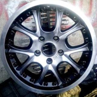 Черно-серебристый диск Hyundai