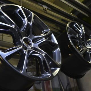 Стандартная покраска автомобильных дисков